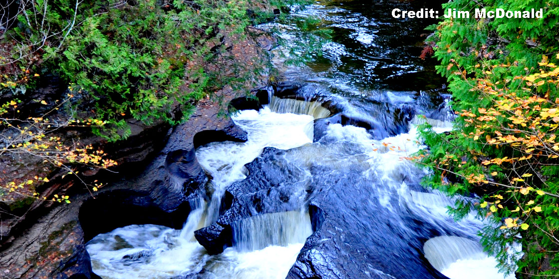 Presque Isle River Manabezho Falls